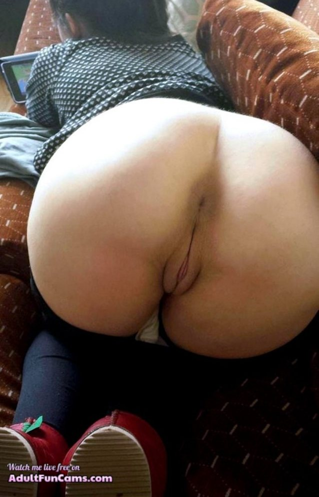 Amateur pussy and ass